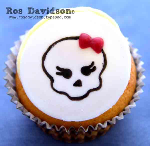 Monster-high-cake-mini