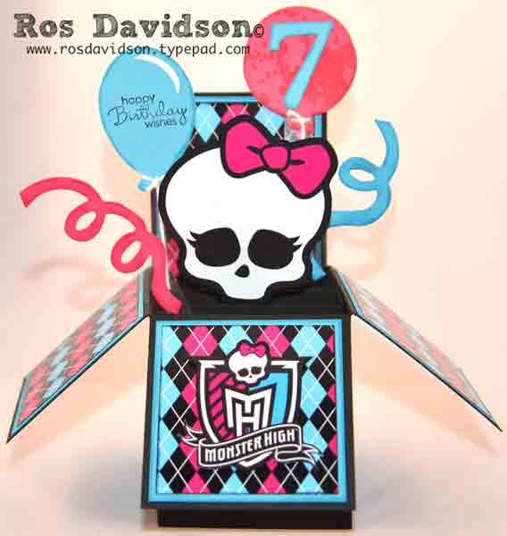 Card-in-a-box---monster-high