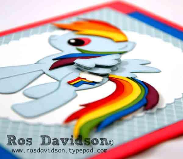 My-Little-Pony---Rainbow-Dash-close-up