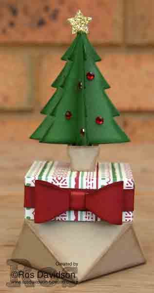 Stampin Up, christmas, this christmas designer speciality paper, bow punch, perfect pines framelits, blog hop, 3D christmas tree, gift bag punch board