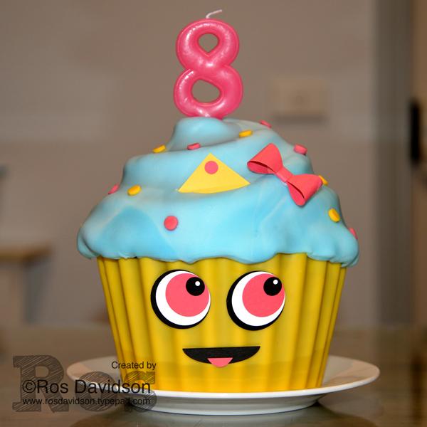 Cupcake-queen-cake