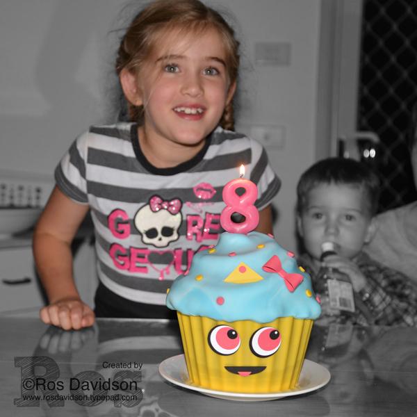 Cupcake-queen-Boo
